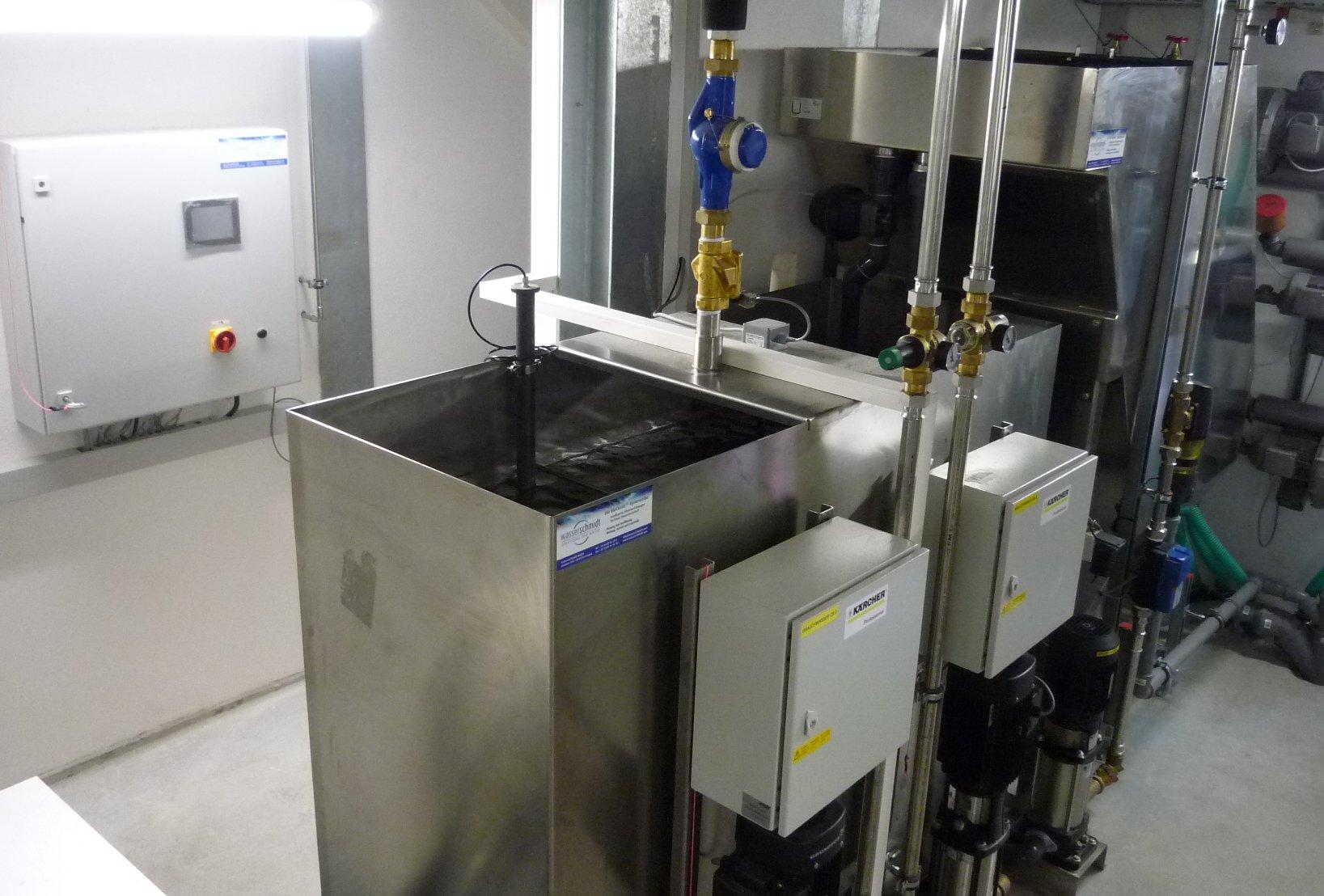 BioClassic System mit 10m³/h an einem LKW Waschpark mit zwei Waschanlagen