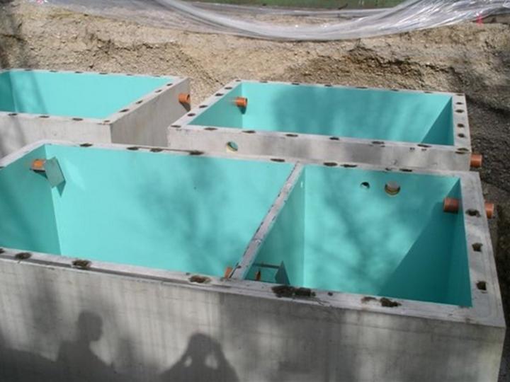 Baugrube mit Becken